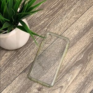 Otter box iPhone X/XS clear case